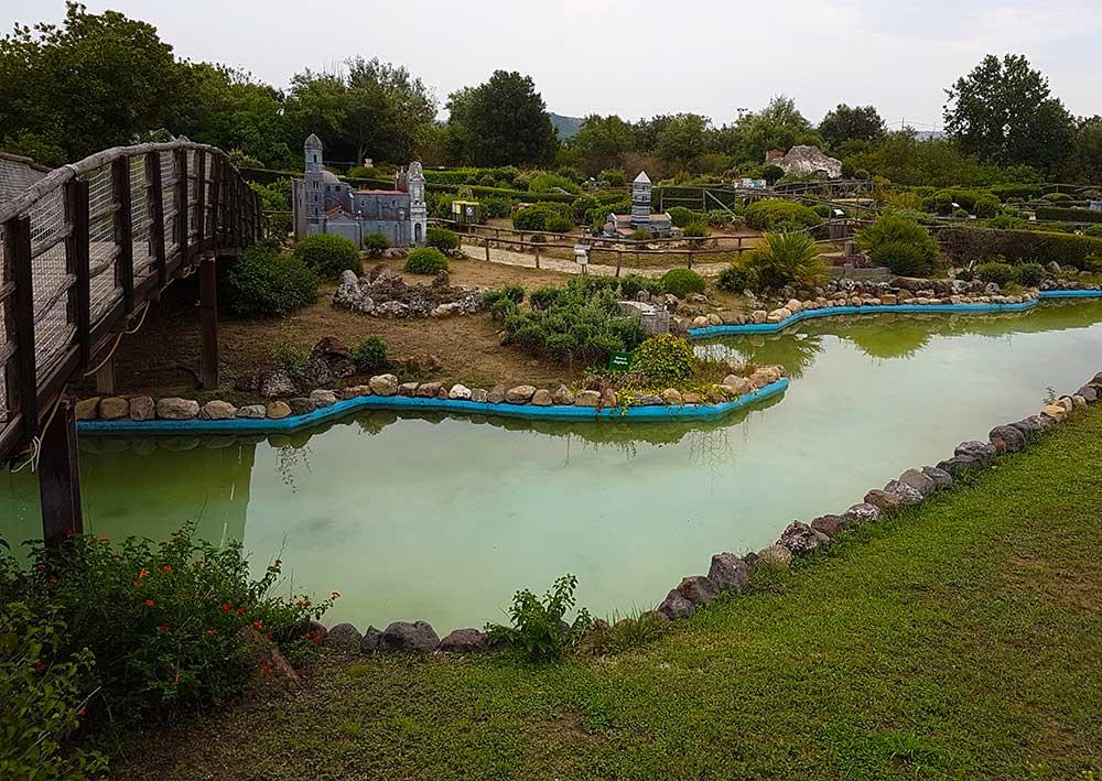 panoramica del parco sardegna in miniatura a tuili